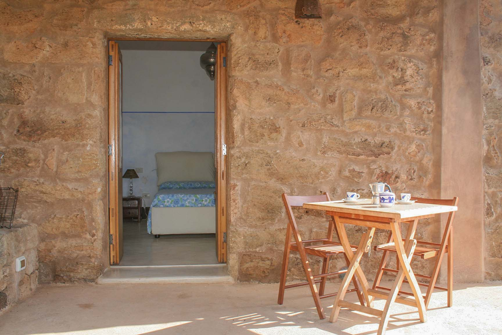 mare - the bedroom as seen from the terrace